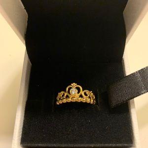 BRAND NEW - Pandora Princess Tiara Crown Ring ✨